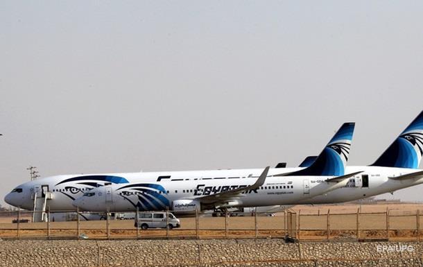 На борту самолета в Каире не нашли бомбу