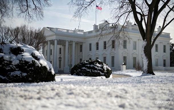 Белый дом поддержал гипотезы о  коррупции Путина