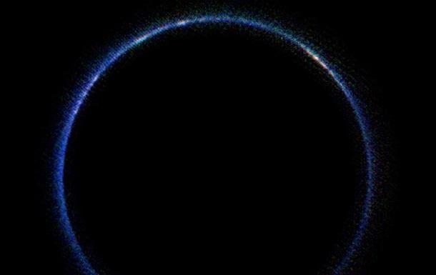 Половина Плутона оказалась под водяными льдами