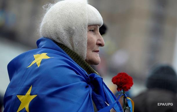 Опитування: 59% українців хочуть в ЄС, 47% - у НАТО
