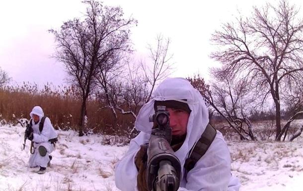 Полторак разрешил командирам назначать или лишать премий бойцов
