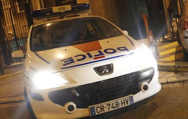 Возле торгового центра в Марселе застрелили двух мужчин