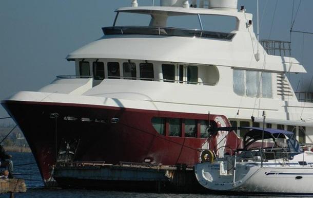 Яхту Януковича заметили у берегов Турции