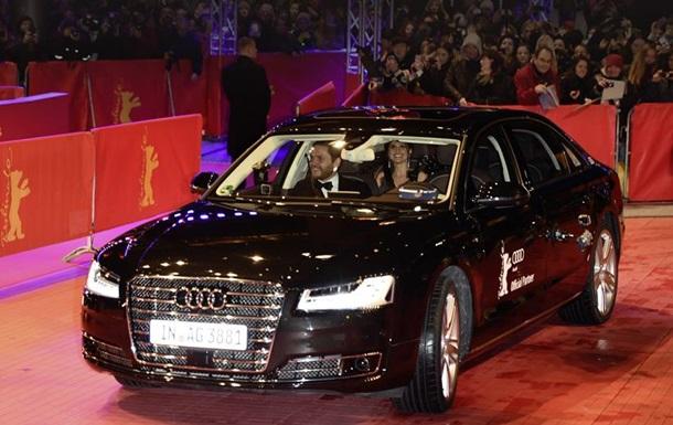 Беспилотный Audi подвез актеров к красной дорожке Берлинале