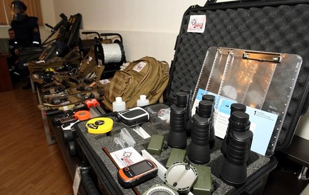 США передали Україні нове обладнання для саперів