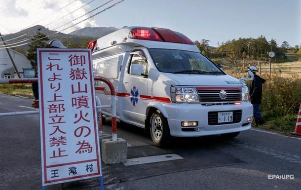 Японского актера убили на сцене самурайским мечом
