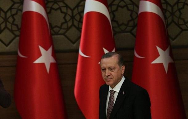 Эрдоган: Турция продолжит обстрелы курдов в Сирии