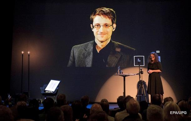 США хотят получить доступ ко всем iPhone'ам - Сноуден