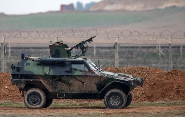 Сотни бойцов перешли границу Турции с Сирией