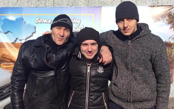 Освобожденные из плена военные прибыли в Киев