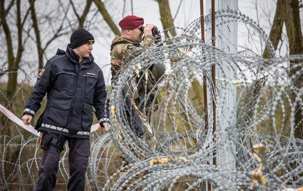 Словенія застосує армію для захисту кордонів через кризу біженців
