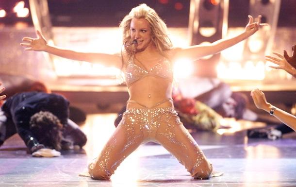 Бритни Спирс показала откровенное видео