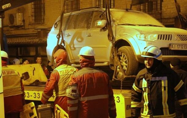 Обвал дома в Киеве: найден шестой выживший