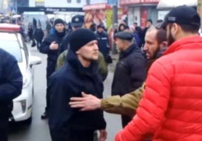 У Києві водій «Мерседеса» — герой АТО — покусав поліцейського