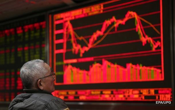Индексы китайских бирж резко понизились