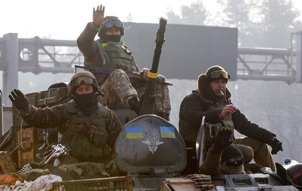 За месяц участниками АТО признали 18 тысяч военных