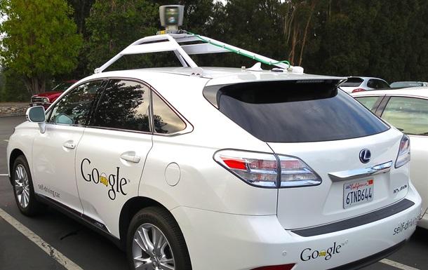 Беспилотный автомобиль впервые спровоцировал аварию