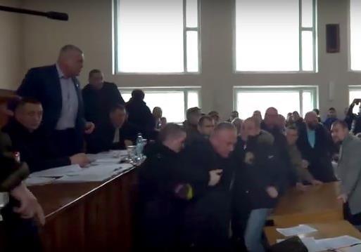 Нелегкий труд украинского мэра