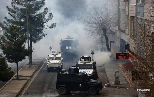Нападение на полицию Стамбула: террористки убиты