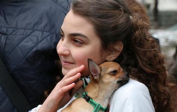 Путин подарил уехавшей из Донбасса девочке щенка