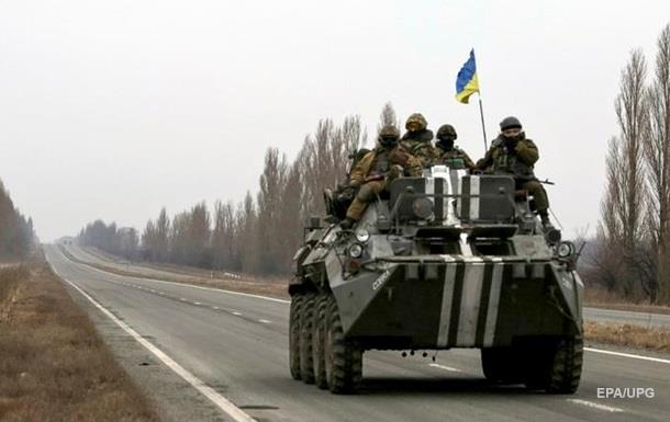 Штаб: По військових випустили 50 мін біля Авдіївки