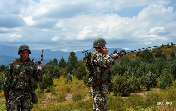 Болгария направила войска на свои границы для защиты от мигрантов