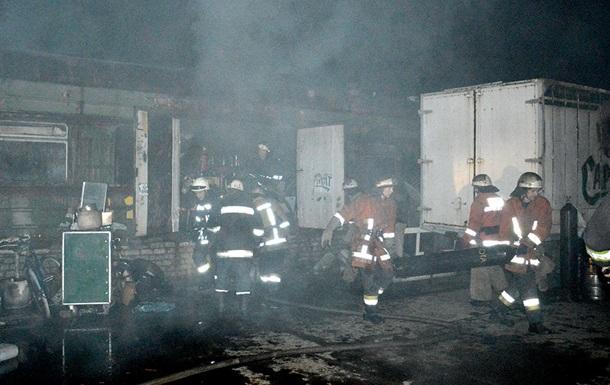 В Днепропетровске ночью произошел крупный пожар