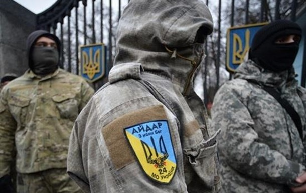 Полиция прострелила ноги активисту блокады Крыма