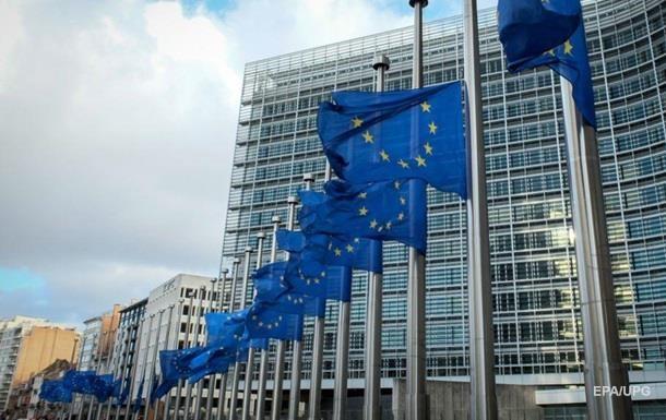 ЕС продлил санкции против украинцев и россиян