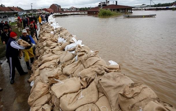 В Сербии объявили чрезвычайное положение из-за дождей