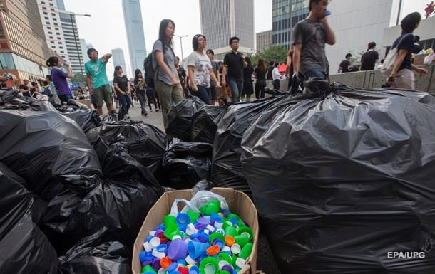 Ученые открыли бактерий, поедающих пластик