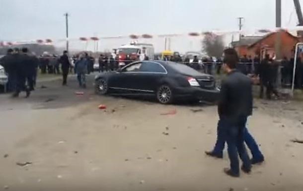 В России возле мечети взорвался автомобиль
