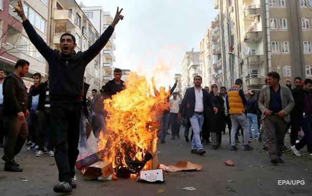 СМИ показали разрушенный Анкарой курдский город