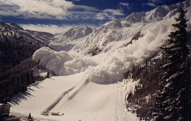 В Хибинах установлена значительная степень лавинной опасности