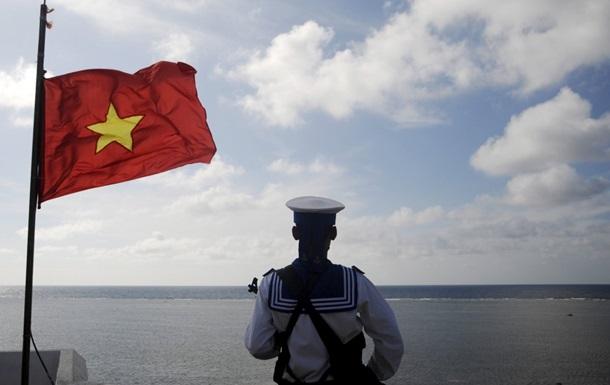 Китай хочет отстоять права на спорные острова
