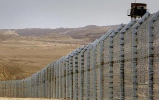 Начинается строительство новой стены в Луганской области