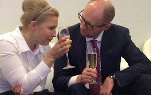 Тимошенко скидывает Яценюка