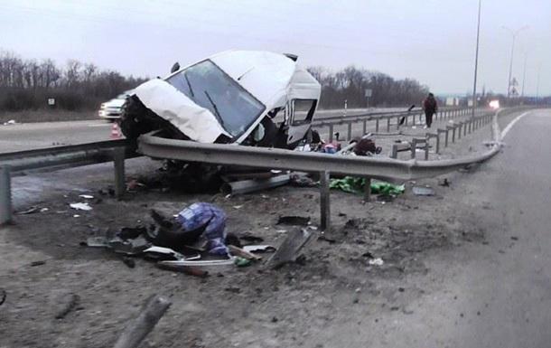 ДТП на Полтавщині: одна загибла, п ятеро постраждалих