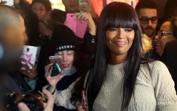 Наоми Кэмпбелл раскритиковала визажистов за пренебрежение к чернокoжим