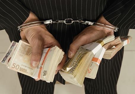 Кто рвется во власть и почему не искоренить коррупцию?