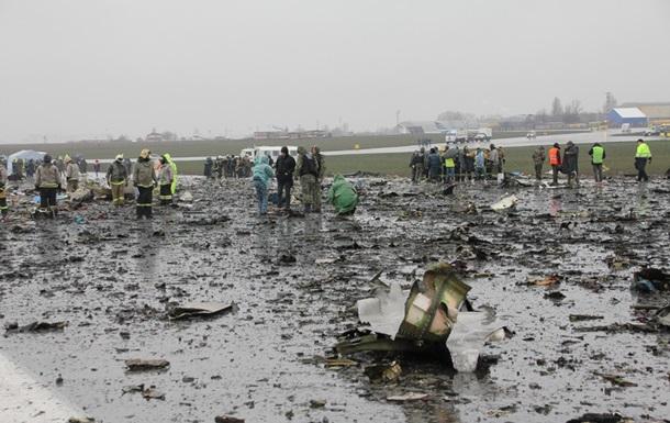 На месте крушения Боинга в Ростове продолжаются спасательные работы