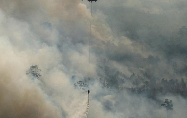 В Индонезии разбился военный вертолет с 13 пассажирами