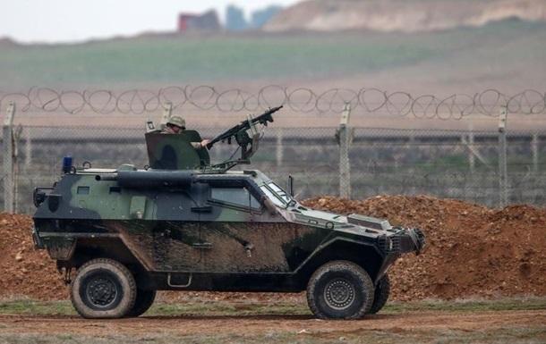 В Турции подорвали бронемашину военных, есть погибшие