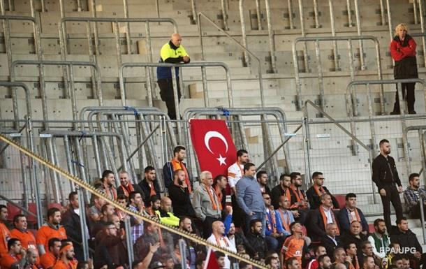 В Стамбуле планировали теракт на футбольном матче – СМИ