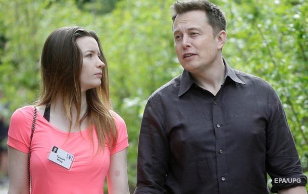 Основатель SpaceX разводится с женой
