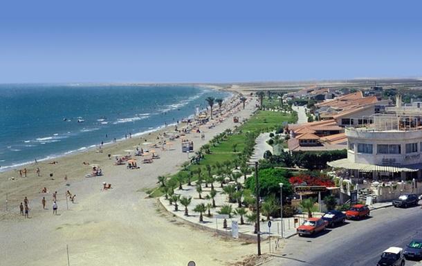 Украинцам предложили доступный отдых на Кипре