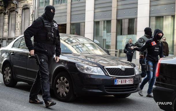 В Брюсселе в доме нашли бомбу и флаг ИГИЛ