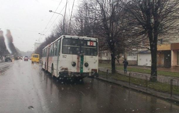 В Ивано-Франковске остановились троллейбусы