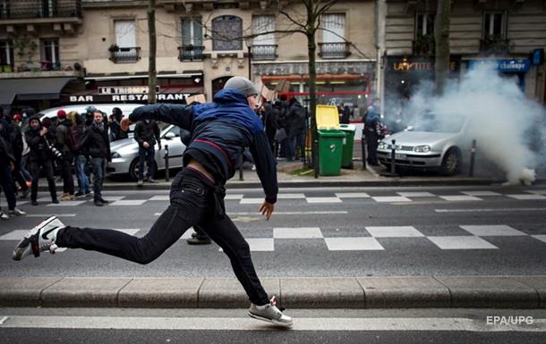 В Париже студенты устроили беспорядки