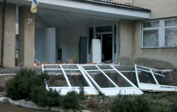 На Прикарпатье в поликлинике прогремел взрыв
